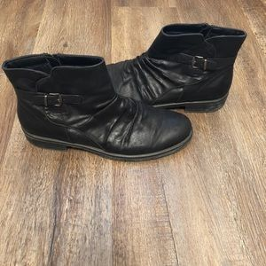 BareTraps Black Ankle Boots with Buckle